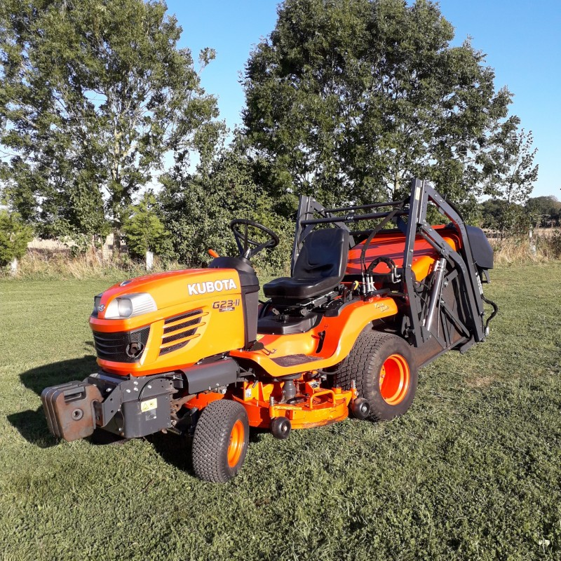 Kubota G23 MKII High Dump Collector