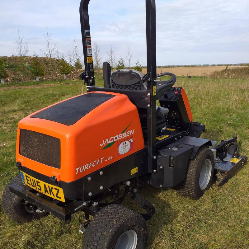 Jacobsen Turfcat 600 Series 4X4  Out Front Rotary Mower