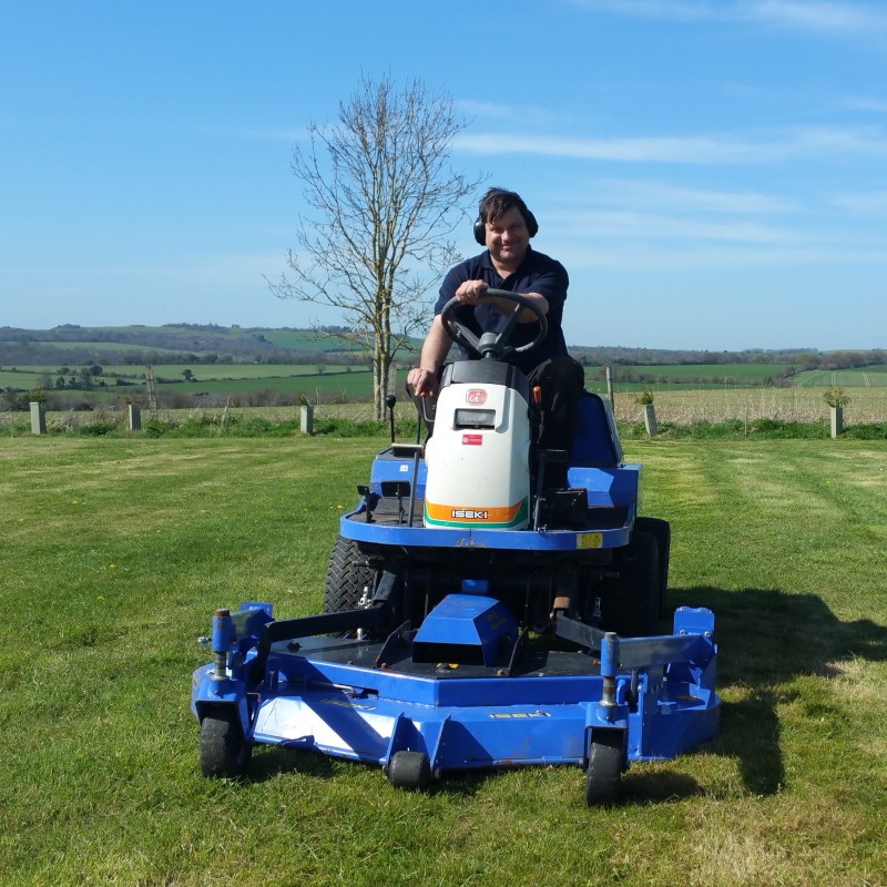 Iseki SF303 Ride on Mower for Sale - not John Deere / Kubota